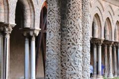 Monreale-Chiostro-colonne-tetrastili