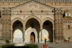 Cattedrale-Portico-gotico