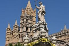 Cattedrale-Santa-Rosalia-e-campanile