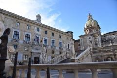 Fonta-Pretoria-e-Palazzo-delle-Aquile